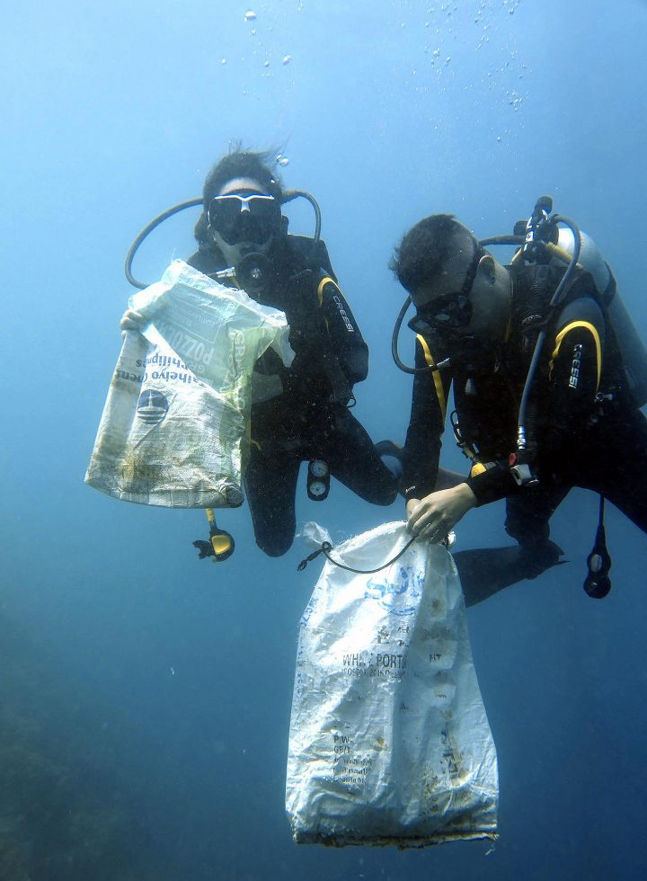 Underwater and Beach Clean Up